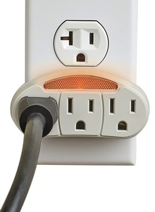 Nightlight with 3 Outlets