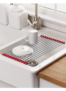 Genial Over Sink Roll Up Drying Mat