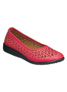 Cutout Casual Slip-On