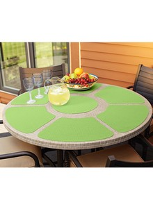 7-Piece Round-Table Place Mat Set