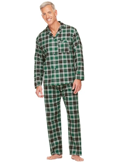 Our flannel pajamas, nightshirts and robes for men feel so thick and soft, that you'll know instantly why Portuguese flannel is considered to be the finest in the world. Sign up to receive the latest info on new products, special offers, & exclusive sales.